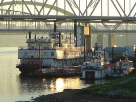 Voyages Ohio River Boat